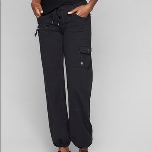 Athleta Bettona Cargo Pants